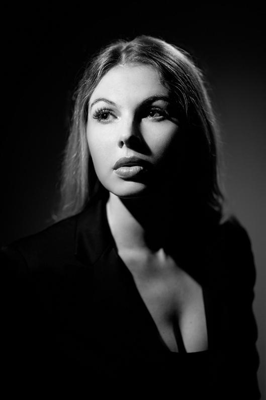 Ekaterina Vygolova BH Photo Creative Lighing BW 4 22 2015_0104 copy